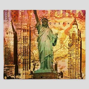 cool statue of liberty King Duvet