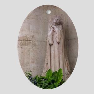Jean d'Arc Ornament (Oval)