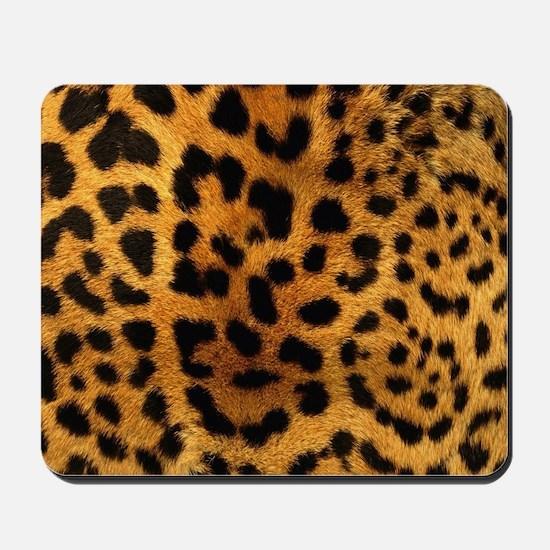girly trendy leopard print Mousepad