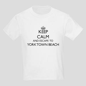 Keep calm and escape to Yorktown Beach Vir T-Shirt