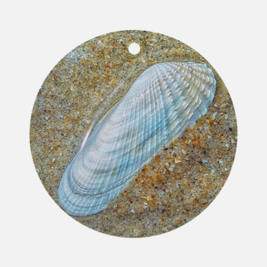 Angelwing Seashell Ornament (Round)