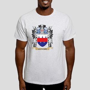 Leonard Coat of Arms - Family Crest T-Shirt