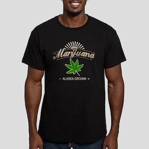 Smoking Alaska Grown M Men's Fitted T-Shirt (dark)