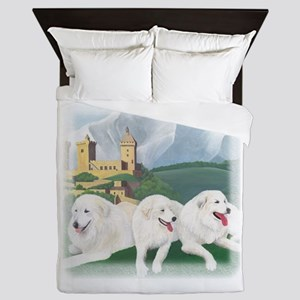 3 Pyrs at Foix Queen Duvet