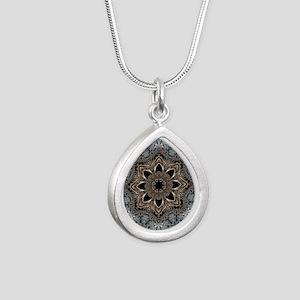 bohemian floral metallic Silver Teardrop Necklace