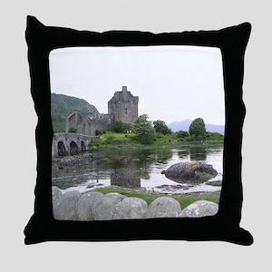 SCOTLAND EILEAN DONAN Throw Pillow