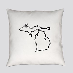 Michigan State Outline Everyday Pillow