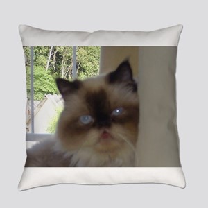 seal point himalayan Everyday Pillow
