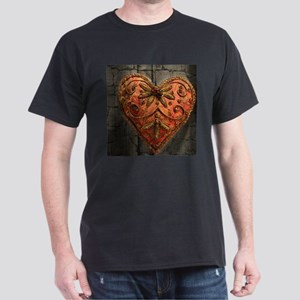 vintage scandinavian embroidery heart T-Shirt