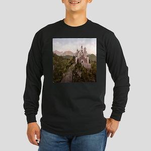 NEUSCHWANSTEIN CASTLE Long Sleeve Dark T-Shirt