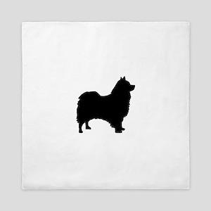 icelandic sheepdog silhouette Queen Duvet
