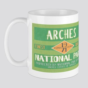 Arches National Park (Retro) Mug