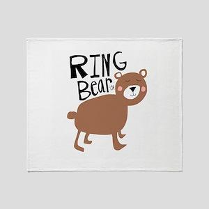ring bear-er Throw Blanket