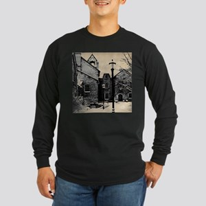 vintage church street light Long Sleeve T-Shirt