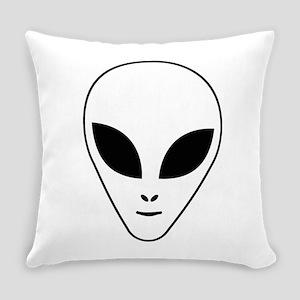 Alien face Everyday Pillow