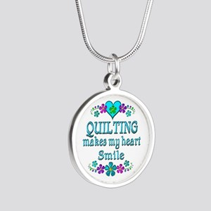 Quilting Smiles Silver Round Necklace