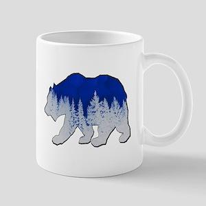 WINTER SHOWN Mugs
