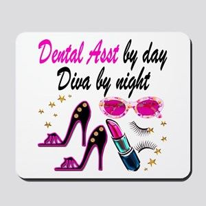 CHIC DENTAL ASST Mousepad
