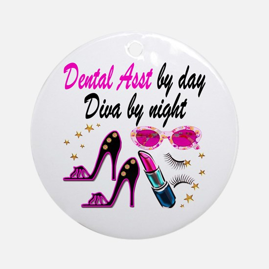 CHIC DENTAL ASST Round Ornament