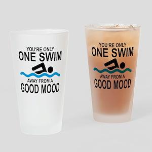 schwimmen Drinking Glass
