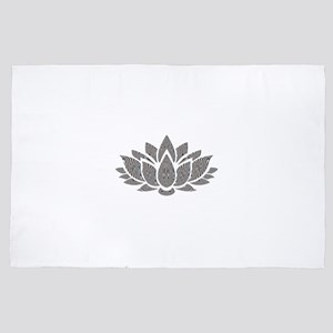 black and white lotus 4' x 6' Rug