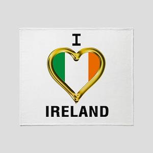 I HEART IRELAND Throw Blanket