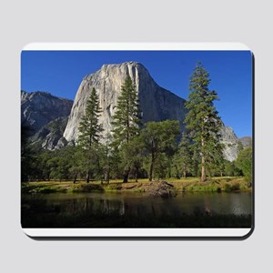 yosemite national park/ Mousepad