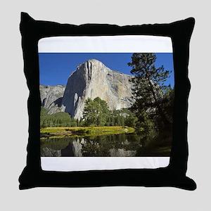 yosemite national park/ Throw Pillow