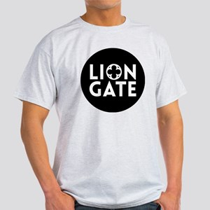 LION GATE DESIGN Light T-Shirt