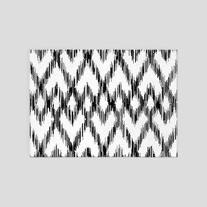 Ikat Pattern Black/White 5'x7'Area Rug