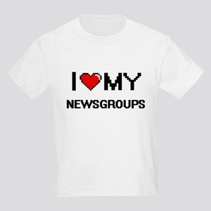 I Love My Newsgroups Digital Retro Design T-Shirt