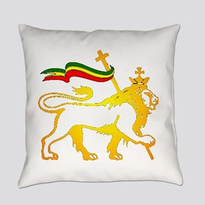 KING OF KINGZ LION Everyday Pillow