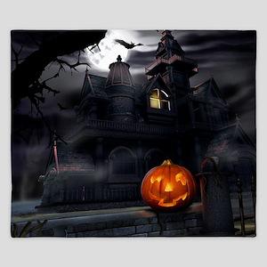 Halloween Pumpkin And Haunted House King Duvet