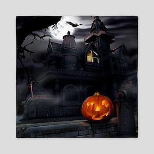 Halloween Pumpkin And Haunted House Queen Duvet