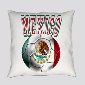 Futbol Mexicano Everyday Pillow
