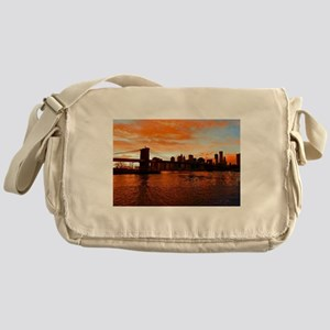 BROOKLYN BRIDGE MEMORIES Messenger Bag