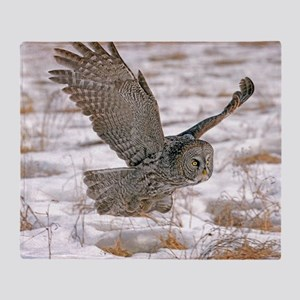 Great Grey Owl Throw Blanket