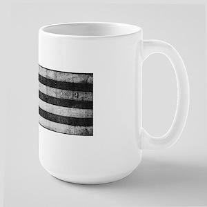 American Vintage Flag Black and White horizon Mugs