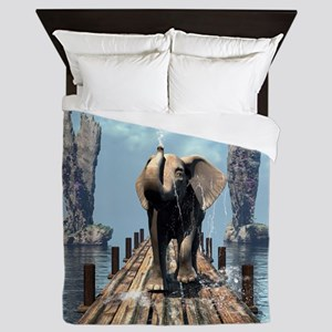 Elephant on a jetty Queen Duvet