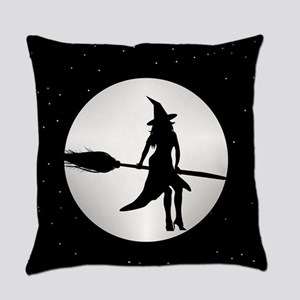 creepy witch Everyday Pillow