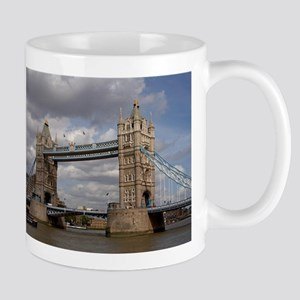 london england Mugs