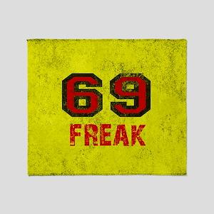 69 FREAK red black yellow vintage Throw Blanket