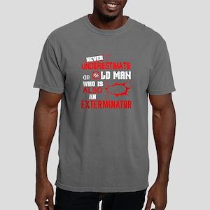 An Old Man Who Also An Exterminator T Shir T-Shirt