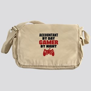 ACCOUNTANT BY DAY GAMER BY NIGHT Messenger Bag