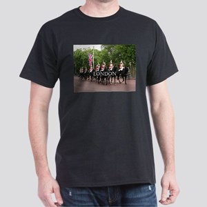 Royal Household Cavalry, London (caption) T-Shirt