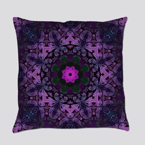 Gothic vintage purple abstract boh Everyday Pillow