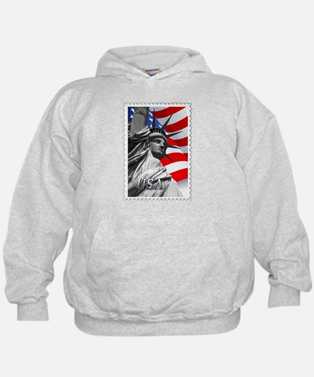 GRAPHIC STATUE OF LIBERTY WITH FLAG ST Hoodie