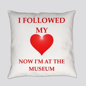 museum Everyday Pillow