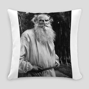 leo tolstoy Everyday Pillow