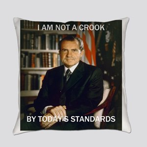 i am not a crook Everyday Pillow